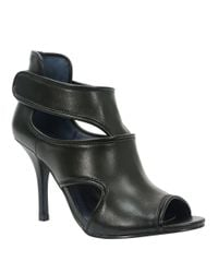 Tahari | Black Lalla Leather Stilettos | Lyst