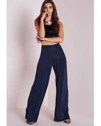 c4296bca6eac7 Missguided Slinky Wide Leg Trousers Navy in Blue - Lyst
