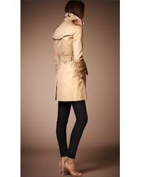 Burberry Natural The Kensington - Mid-length Heritage Trench Coat