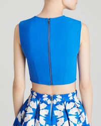 Alice + Olivia Blue Top - Klynn Fitted Dart