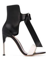 Sandales Heart Alexander McQueen en coloris Black