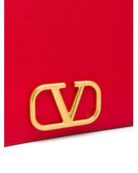 Valentino Garavani Vスリング クラッチバッグ Red