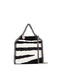 Mini sac porté épaule Falabella à motif zébré Stella McCartney en coloris Black