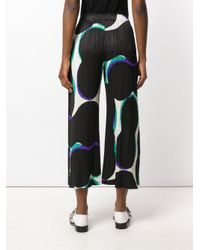 Pleats Please Issey Miyake - Black Abstract Print Cropped Trousers - Lyst