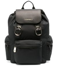 Tommy Hilfiger ロゴプレート バックパック Black