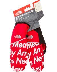 Supreme Red Tnf Winter Runners Gloves for men