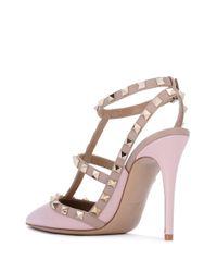 Escarpins Garavani Rockstud Valentino en coloris Pink