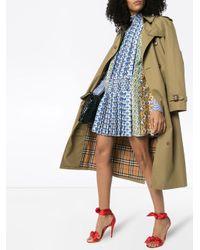 Vestido corto con panel con estampado Sablé Prada de color Blue