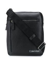 Borsa messenger con stampa di Calvin Klein in Black da Uomo