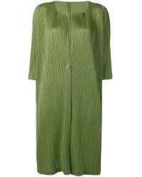 Cárdigan largo con pliegues Pleats Please Issey Miyake de color Green