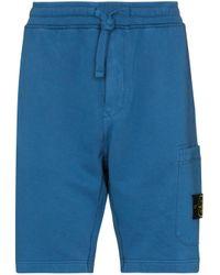 Shorts sportivi con applicazione di Stone Island in Blue da Uomo