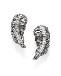 Oscar de la Renta | Metallic Pave Crystal Feather Clip-on Earrings | Lyst