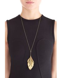 Aurelie Bidermann - Aurélie Bidermann Fine Jewelry 18Kt Yellow Gold Feather Necklace - Lyst