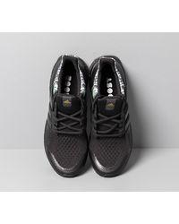 Adidas UltraBOOST Dna Core Black/ Core Black/ Gold Metalic di Adidas Originals da Uomo