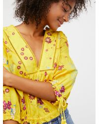 Free People - Yellow Worlds Away Peasant Top - Lyst