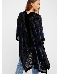 Free People - Blue Dark Paradise Velvet Kimono - Lyst