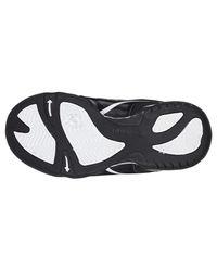 Hummel Black Leichter Sneaker mit gutem Halt und optimaler Passform