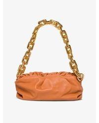Borsa The Chain Pouch di Bottega Veneta in Orange