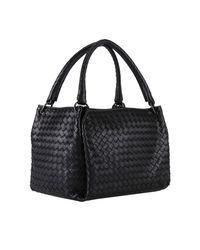 Bottega Veneta Black Parachute Bag Medium With Woven Pattern