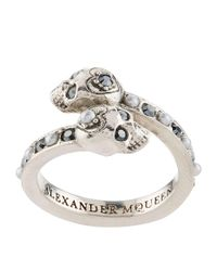 Alexander McQueen - Metallic Crystal Twin Skull Ring - Lyst