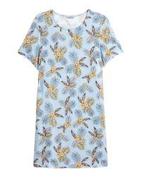 H&M Blue H & M+ Gemustertes Kleid