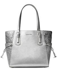 d9cbdacc0504 Michael Kors Voyager East West Signature Tote - Lyst