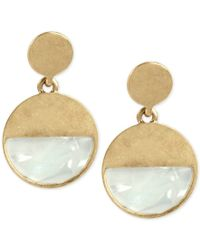 Kenneth Cole - Metallic Gold-tone Shell-inspired Color Block Drop Hoop Earrings - Lyst