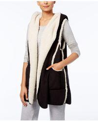 Hue Black Sleeveless Fleece-lined Hooded Robe