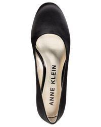 Anne Klein - Black Haedyn Embellished Block-heel Velvet Pumps - Lyst