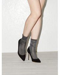 Ensemble de trois paires de chaussettes en soie Raey en coloris Gray