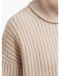 Pull col roulé en laine côtelée Pearl Joseph en coloris Brown