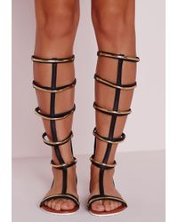 Missguided - Black Gold Trim Knee High Flat Sandals - Lyst