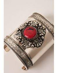 Missguided | Metallic Coral Stone Cuff Bracelet Silver | Lyst