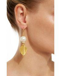 Ranjana Khan - Metallic Gold Leaf 2 Pearl Earrings - Lyst