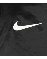 Giacca Swoosh in tessuto tecnico di Nike in Black