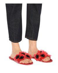 Miu Miu Red Slippers aus Samt mit Verzierung