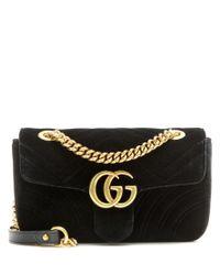 Borsa a tracolla GG Marmont Mini in velluto di Gucci in Black