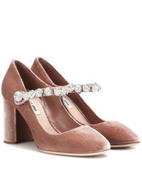 Escarpins en velours à cristaux Miu Miu en coloris Pink