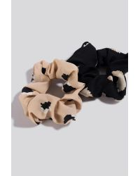 NA-KD 2-pack Abstract Dots Scrunchies Black