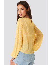Rut&Circle Dot Sleeve Open Blouse in het Yellow