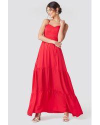 NA-KD Cross Back Flowy Maxi Dress in het Red