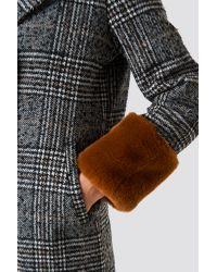 Faux Fur Sleeve Plaid Coat NA-KD en coloris Multicolor