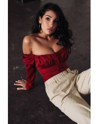 NA-KD Red Anna Nooshin x Off Shoulder Ruffle Cup Blouse