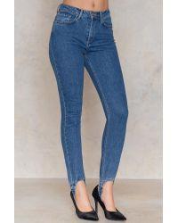 NA-KD Stirrup Denim Trousers in het Blue