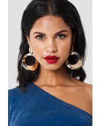 NA-KD - Metallic Oversize Asymmetric Earrings - Lyst