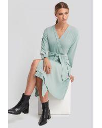 NA-KD Green Trend Midi Overlap Tied Waist Dress