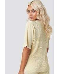 NA-KD Natural Party Pleated Short Sleeve Top