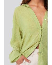 NA-KD Sheer Wrinkle Effect Blouse in het Green