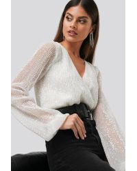 NA-KD Sequin Balloon Sleeve Body in het White