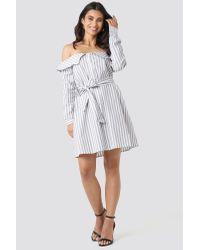 NA-KD Off Shoulder Shirt Dress in het Gray